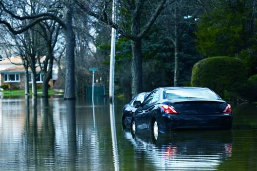 floodedcar_img